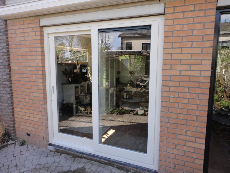 Schuifpui Laurence Olivierstraat Almere