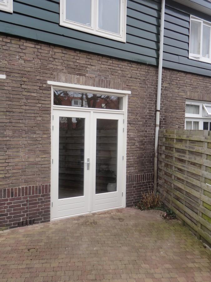 Kozijn met openslaande deuren en bovenlicht Bordetstraat Hilversum