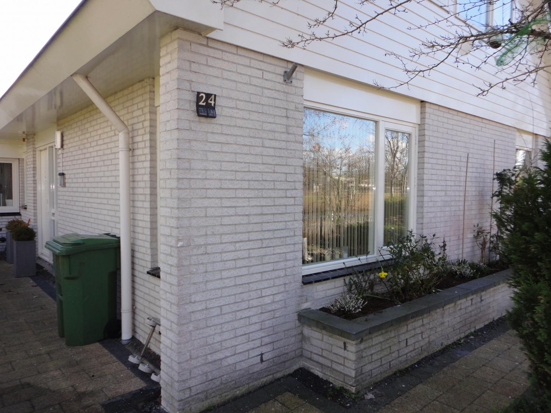 Gehele woning vervangen met HR++ beglazing Partitastraat Almere