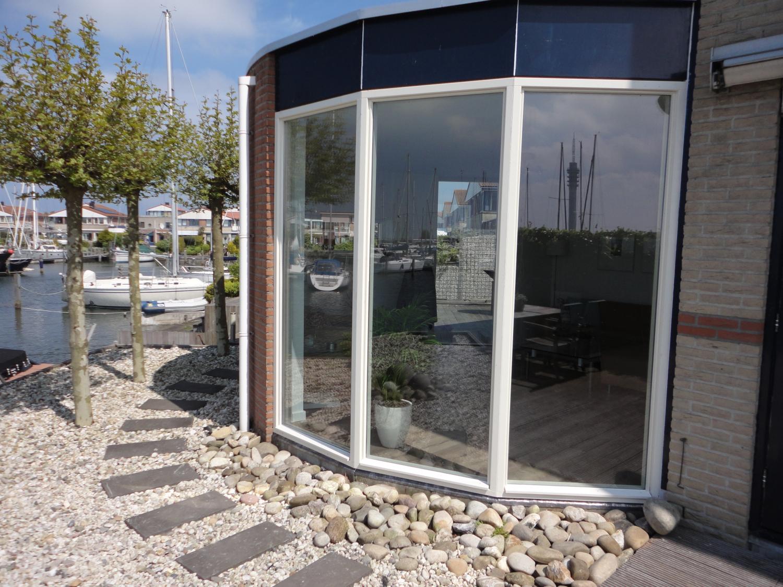 Vast glas kozijnen Parkhaven Lelystad