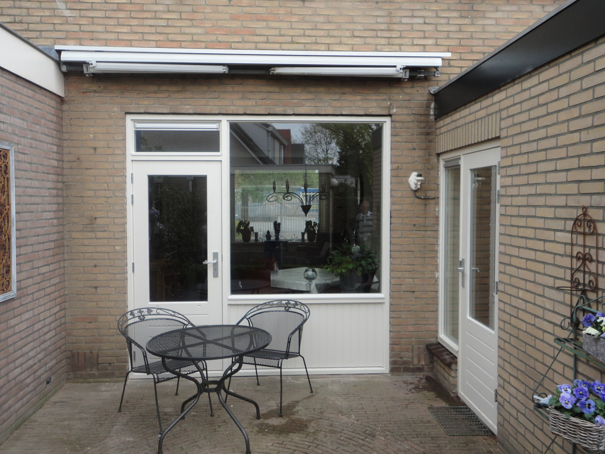 Kozijn met stapeldorpeldeur Couperusweg Harderwijk
