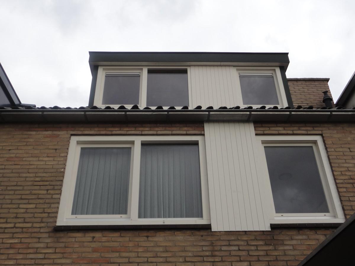 Draaikiepkozijnen met gegroefde panelen Harderwijk