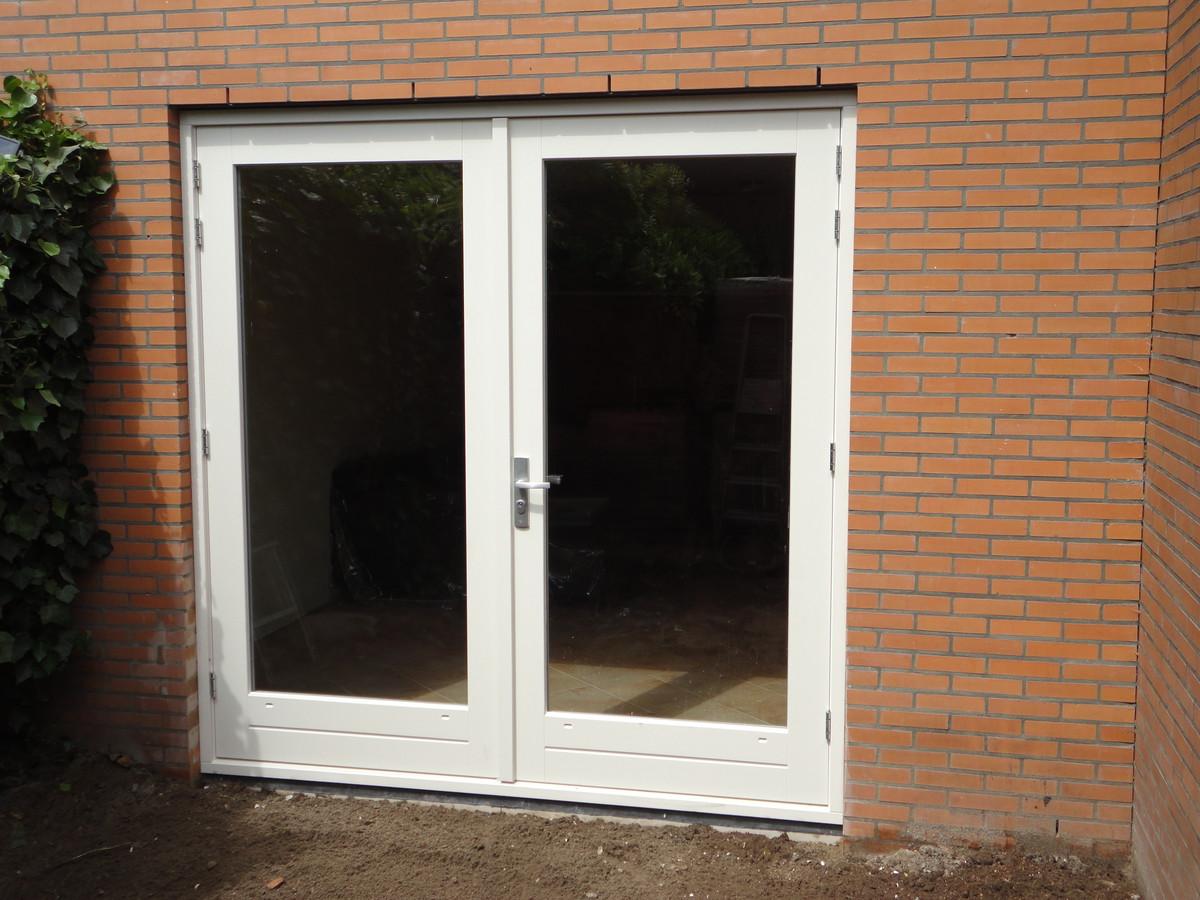 Kozijn met dubbele deuren Nieuwlandsedreef Amersfoort