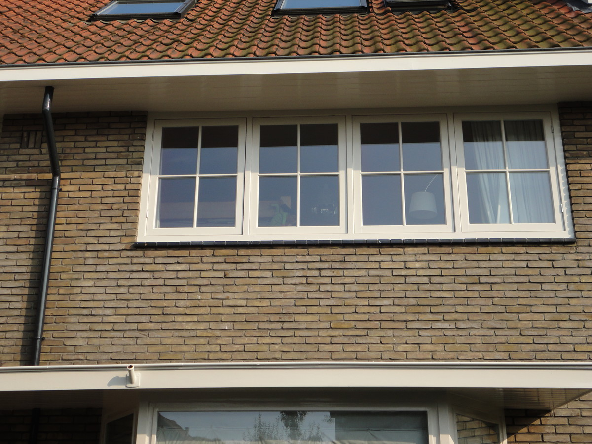 Nieuwe ramen met roedeverdeling in bestaande kozijnen Karbouwstraat Bussum